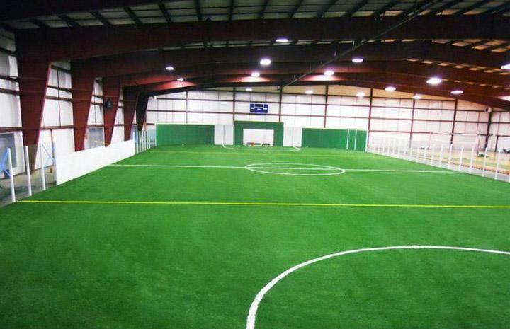 室内人造草坪足球场建设